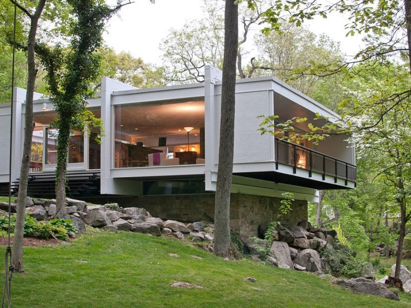 May is for moderns modern house tour new canaan ct patch for Contemporary houses for sale in nj