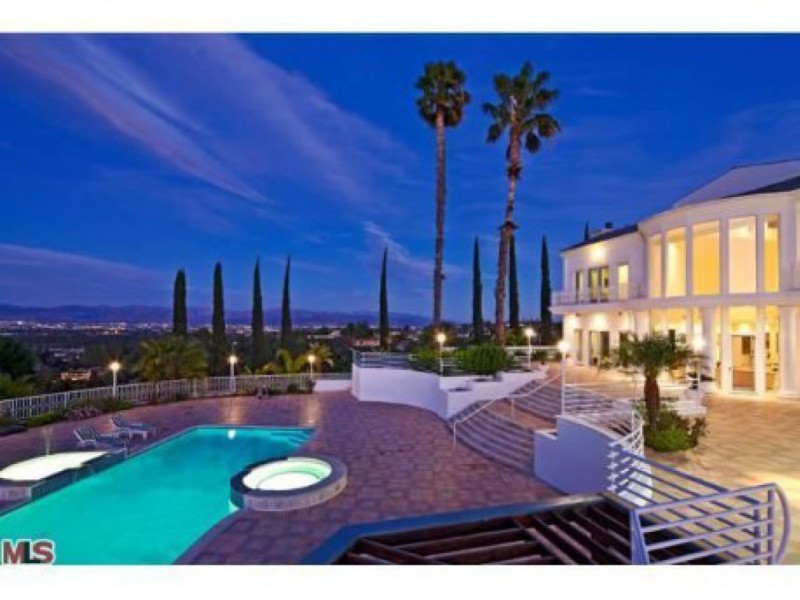 5 beautiful multimillion dollar homes for sale in encino for Beautiful million dollar homes