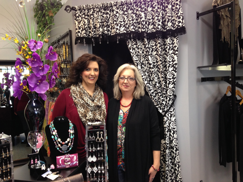Bella Ruj Offers Trendy Clothing Accessories And Cosmetics