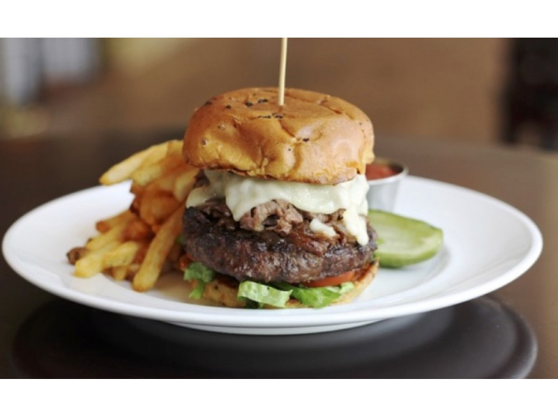 Get In The Summer Spirit With Quot Burgers Amp Brews Quot At Marlow