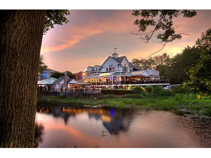 13 Of Connecticuts Best Waterfront Restaurants Norwalk Ct Patch