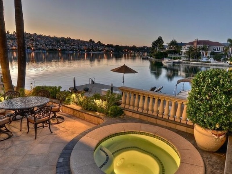 Wow Spectacular Lakefront Home With Amazing Views Photos