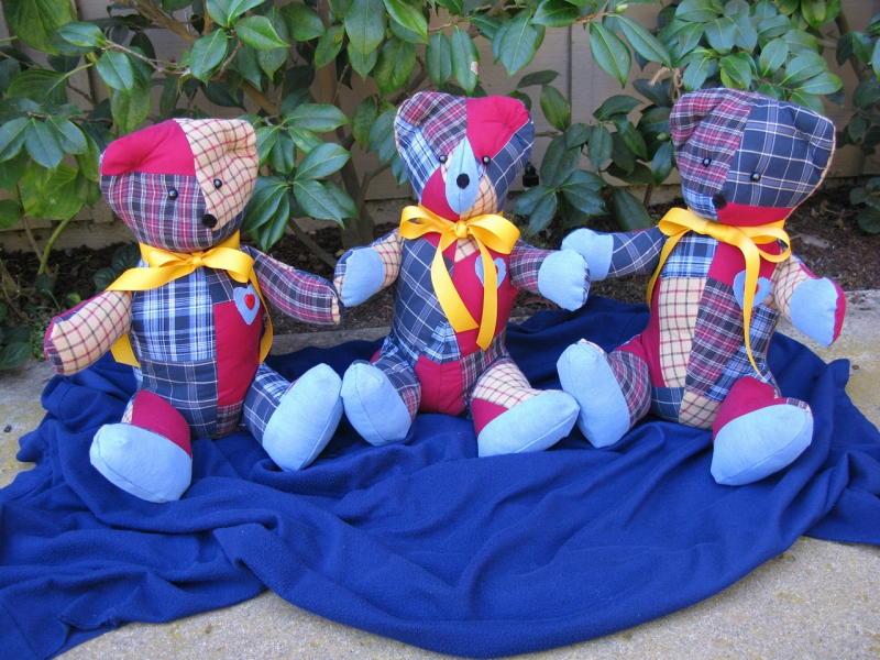 Memory Bears Offer Loved Ones Something To Hold Onto La Jolla Ca