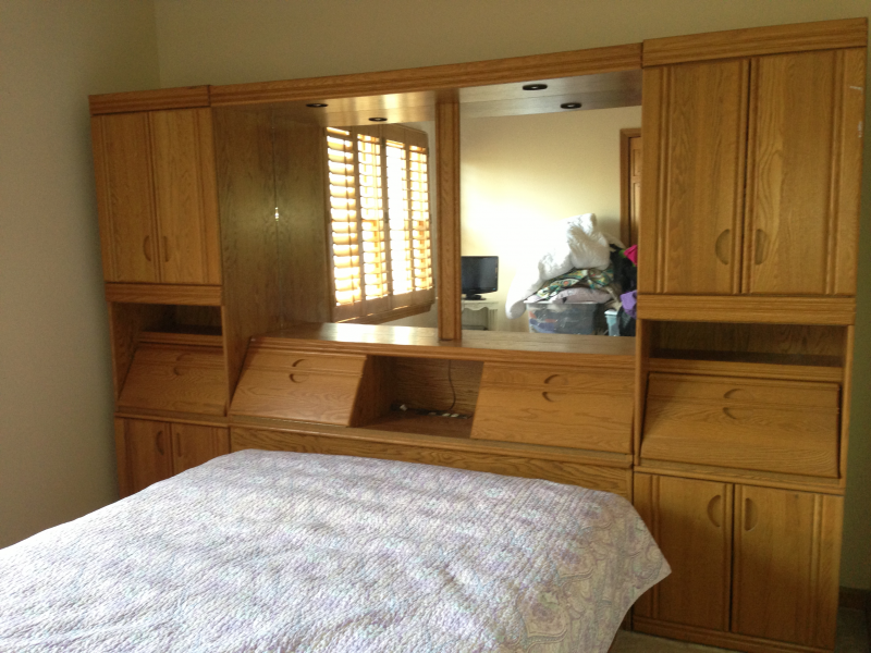 Wall Storage Unit Queen Platform Bed With Mirrors, Outlets &Tons of ...