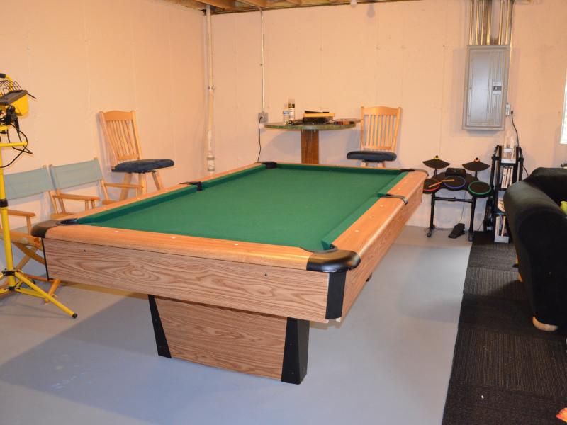 Mizerak Pool Table For Sale Algonquin IL Patch - Mizerak space saver pool table