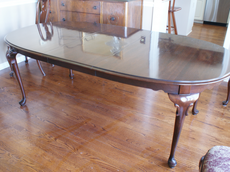 Ethan Allen Georgian Court Dining Room Table Hutch