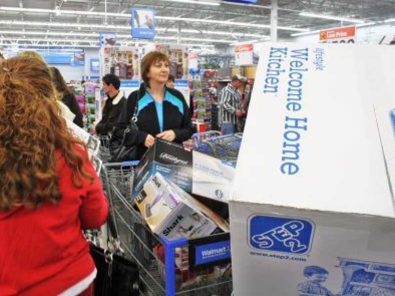 Holiday Shopping: 'A Good Time for Careful Consumers'