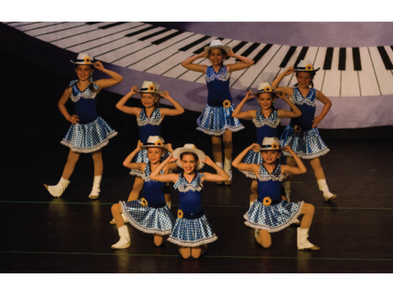 a54ee3fa8 LINX Dance Studio is Awarded Boston Parents Paper s Best Dance Class ...