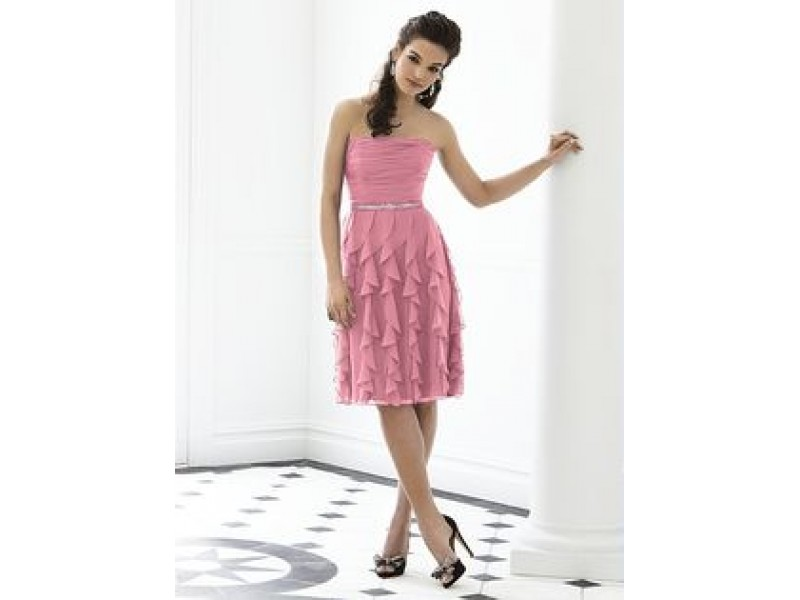 HUGE Dress Clearance Sale | Darien, IL Patch
