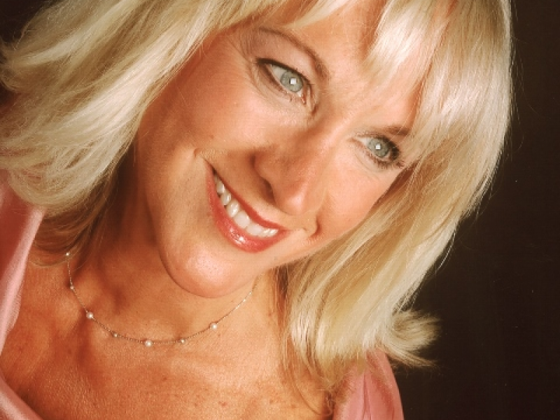 World Renowned Soprano in Concert at Siesta Key Chapel