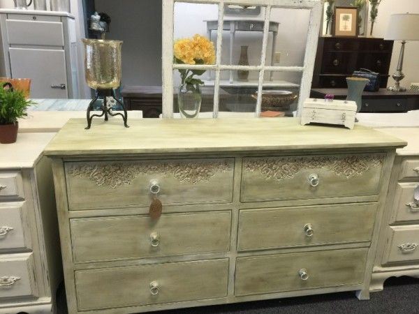 ... Vintage Lane Furniture U0026amp; Home Decor Opens In ...