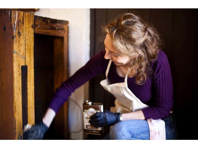 Nadia Louyer Announces New On-Site Antique Furniture Preservation Service - Nadia Louyer Announces New On-Site Antique Furniture Preservation