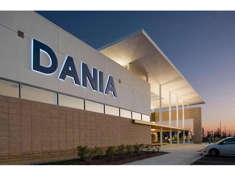 Dania Furniture On Randall Road Closing In March