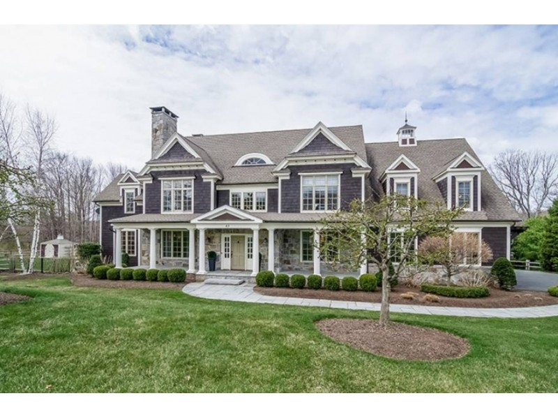 West hartford wow house offers more than 6 000 square feet for 10 thousand square feet house