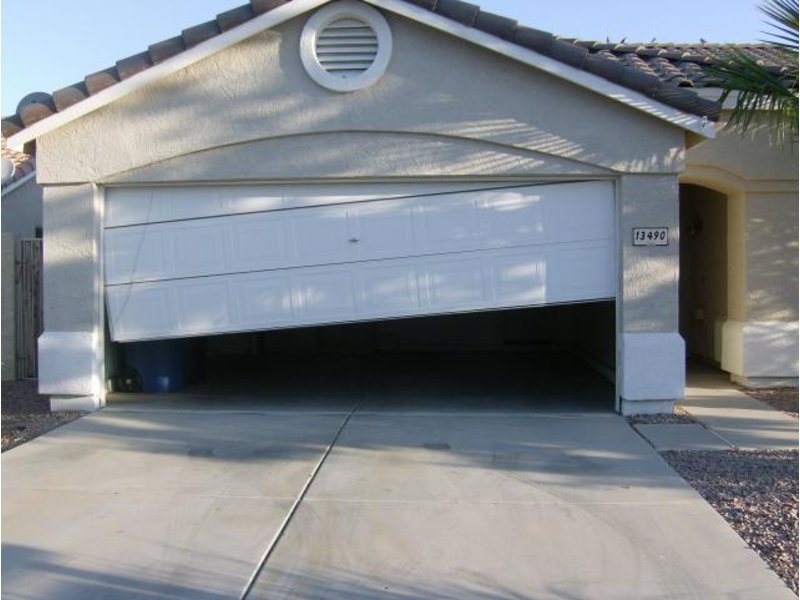 Common Garage Door Problems You Will Most Likely Be Faced With New