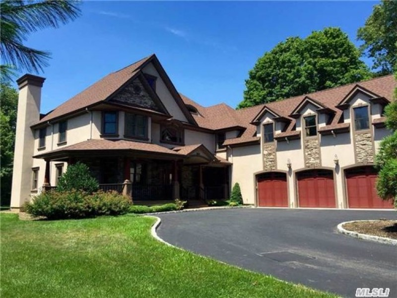 wow house: custom colonial with 3-car garage | half hollow hills, ny
