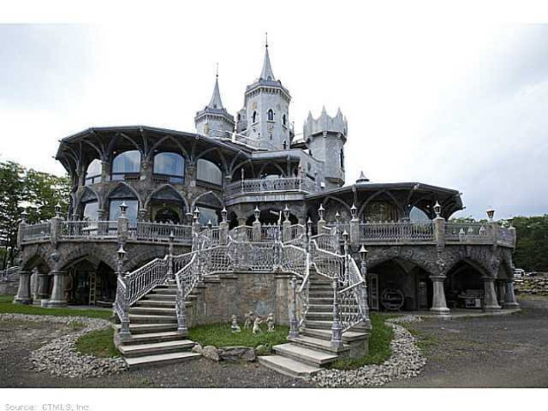 Woodstock Castle On Sale For 45m Doesn T Have A Fairytale