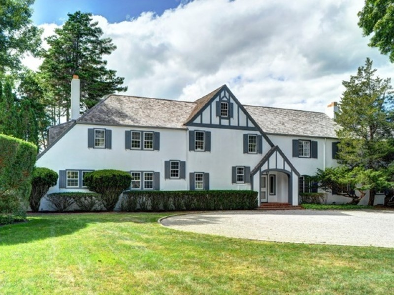 Wow House Tudor Style East Hampton Mansion With Two Room Guest Cottage