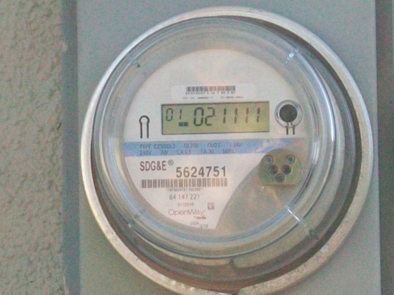 reports of dangerous comed smart meters being installed