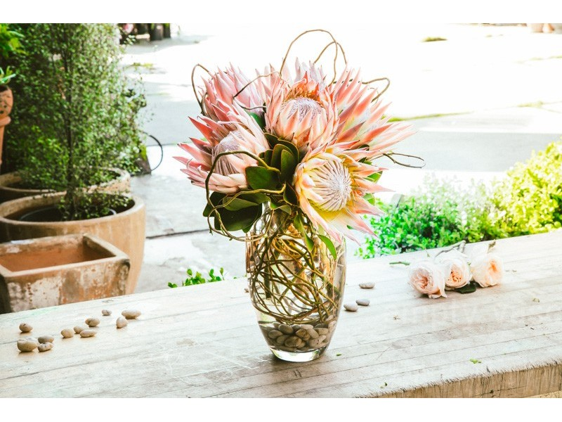 7 Essential Rules For Creating Timeless Floral Arrangements