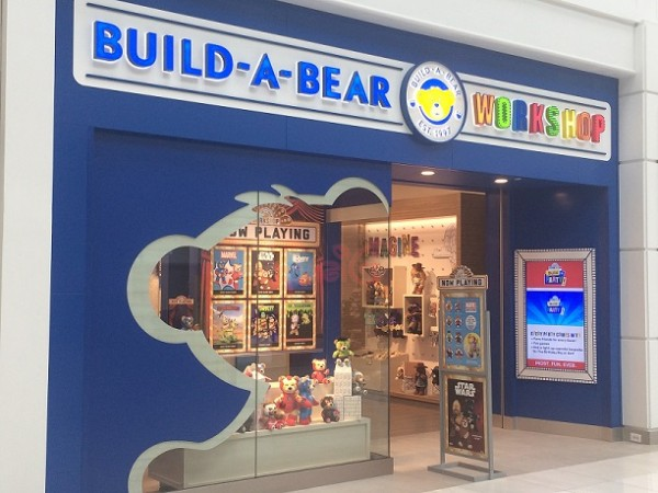 Build A Bear Work Reopens At Menlo Park Mall