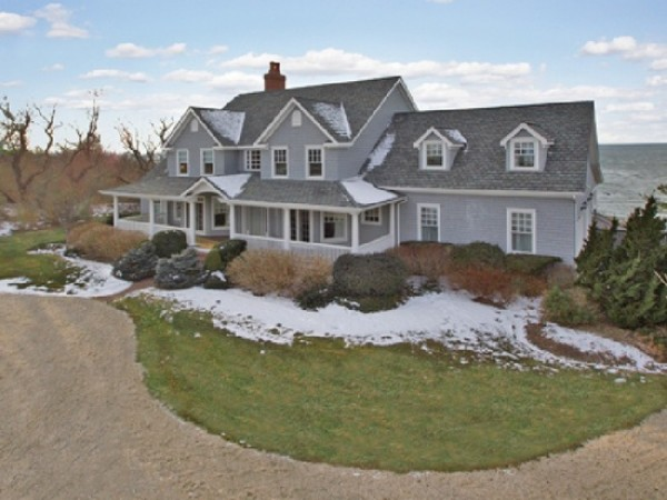 wow house: 7 bedroom, 5.5 bath cutchogue home overlooking sound