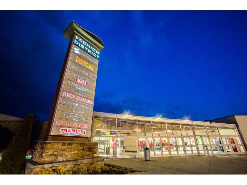 Potomac Mills Hosts Mall Wide Trick Or Treating