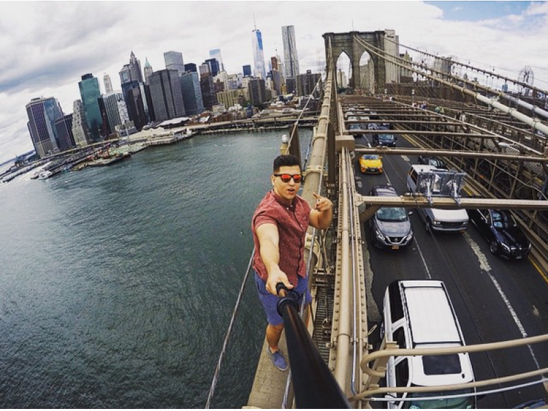 New York Fugitive Who Took Selfie Atop Brooklyn Bridge