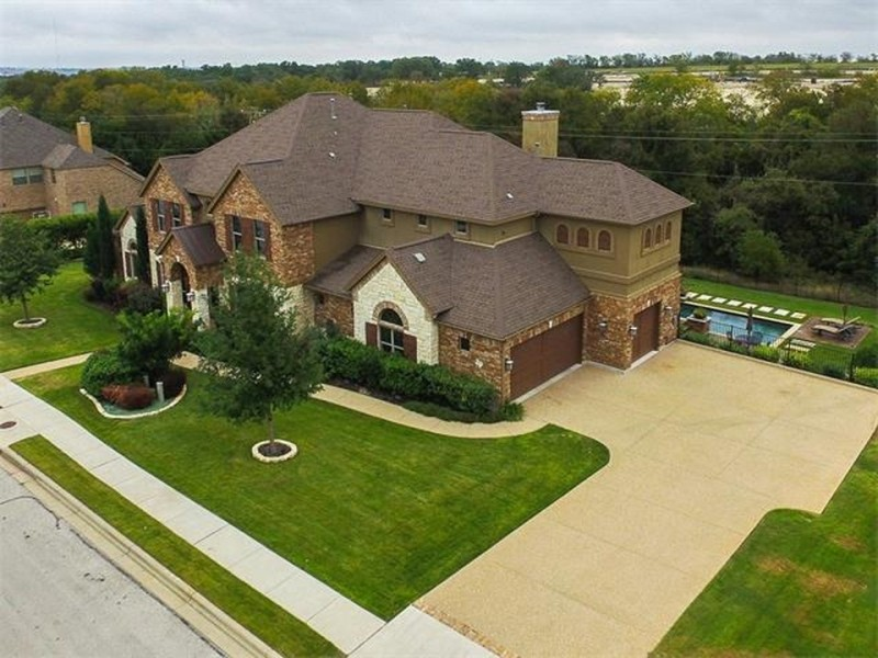 WOW: The Backyard Features with a Patio, Pool and Spa | Round Rock ...