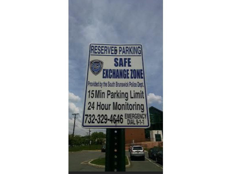 'Safe Exchange Zone' for Craigslist Sales Created in South ...