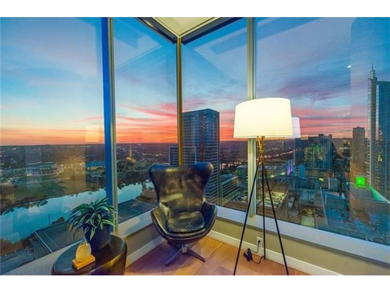 Beautiful ... WOW: Coveted Corner Apartment In Downtown Austin 0 ...