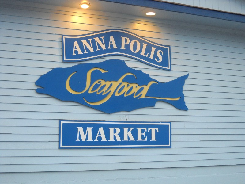 Annapolis seafood market closes for renovations for Fish market maryland
