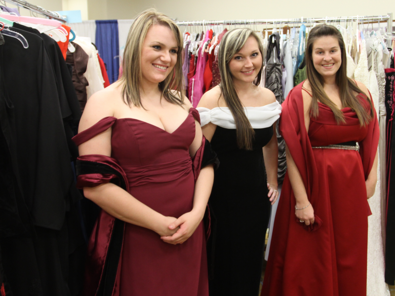 Active Duty Navy, USMC Wives Thrilled with Donated Gowns for 2013 ...