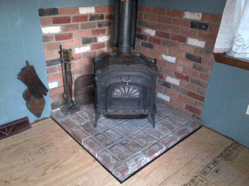 - Vermont Castings Resolute Wood-Burning Stove $450 - Coventry, RI Patch