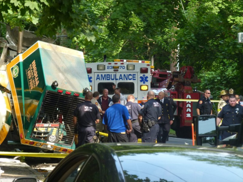report lindy cement truck involved in fatal bus crash lindenhurst  ny patch
