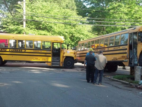 breaking two school buses collide on hempstead avenue rockville centre  ny patch
