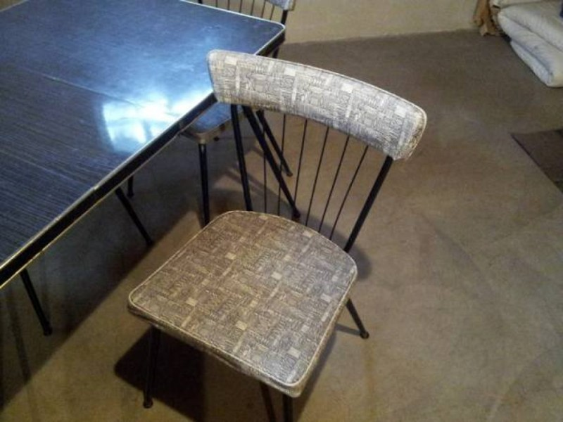 ... Local Craigslist: Vintage Table, Chairs For Sale 0 ...
