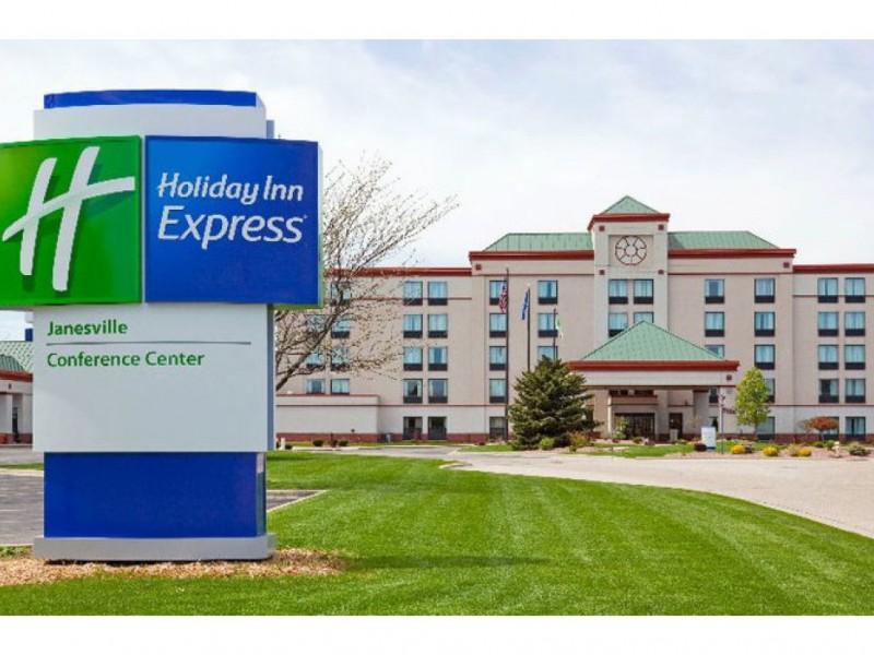 Two Hotels Restaurant Conference Center Proposed For I 80 Houbolt