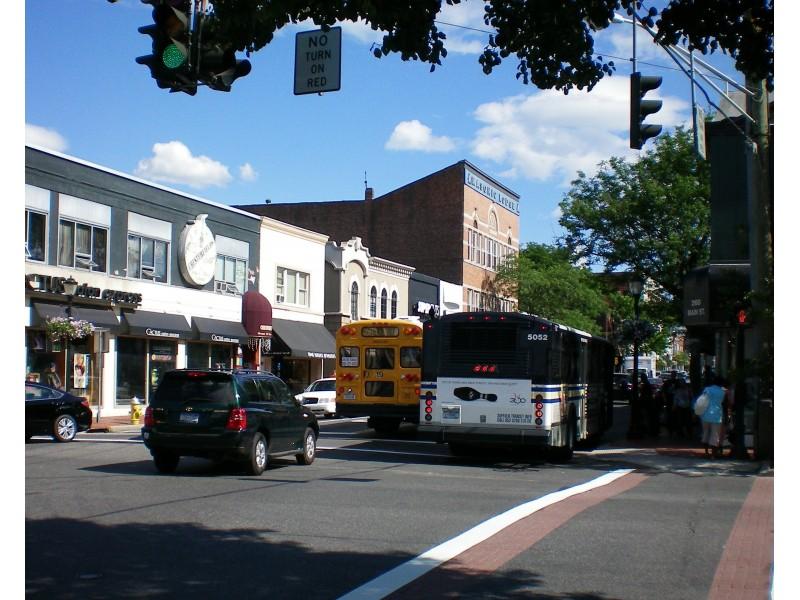 Restaurants On Main Street Huntington