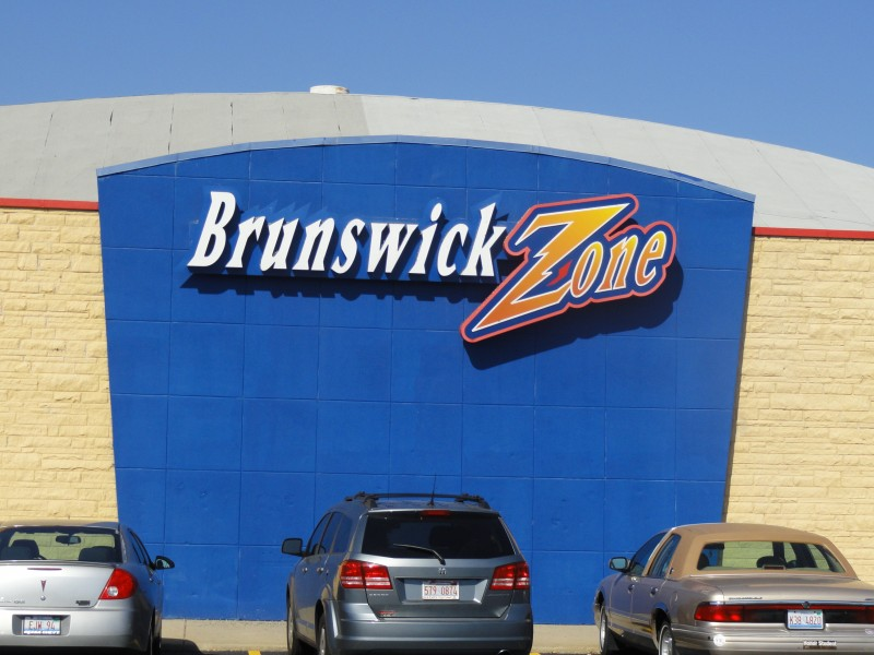 Business Comings Goings Brunswick Zone Closing Arena Lanes