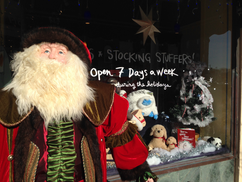Is Perkins Open On Christmas Day.Last Minute Holiday Shopping Ideas From Dedham Square Circle