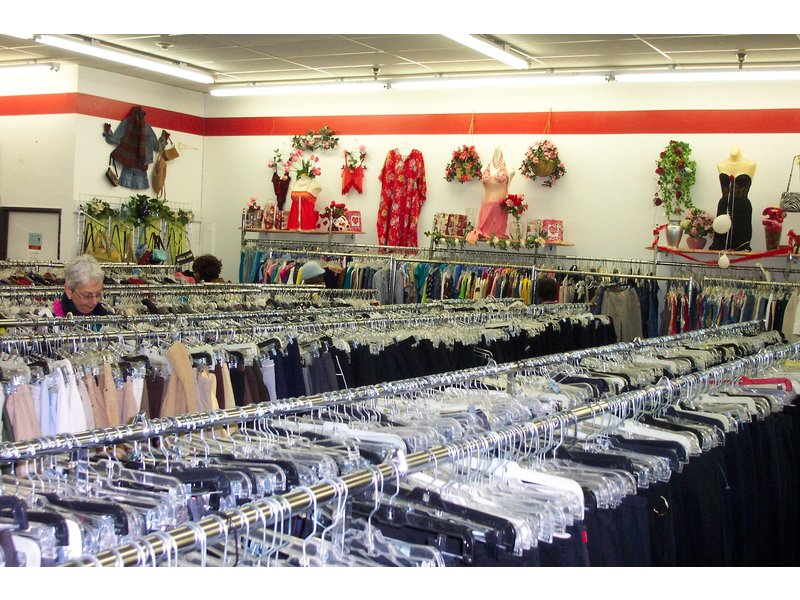 The Salvation Army celebrates moves Walled Lake Thrift ...