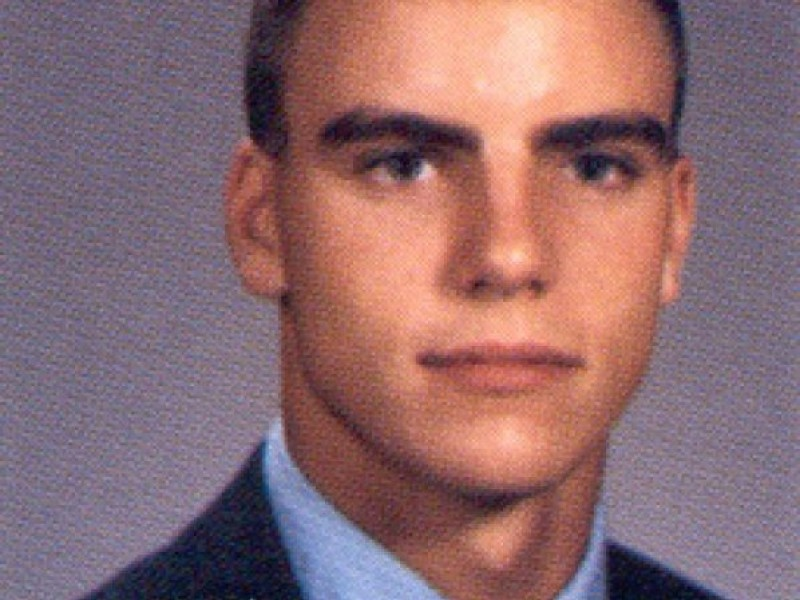 From Marian Catholic To Man Candy Southlands Colin Egglesfield Talks Something Borrowed
