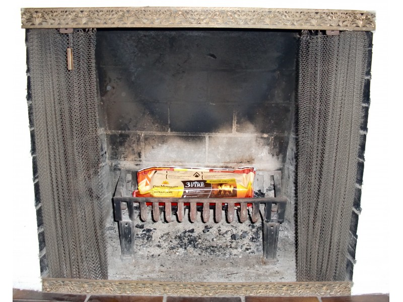 Best Way To Clean Out Fireplace Ashes Fireplaces