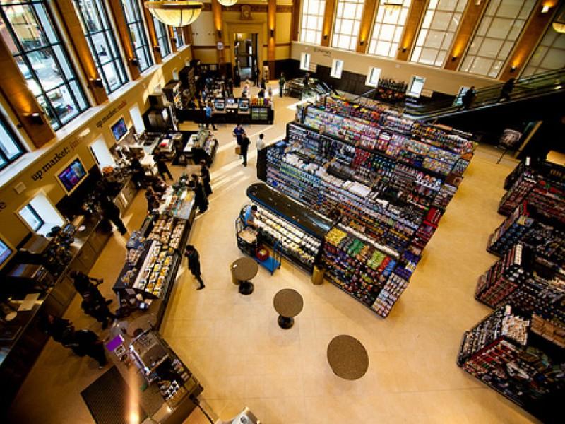 Photos New Walgreens Has Vitamin Vault Cafe Bucktown