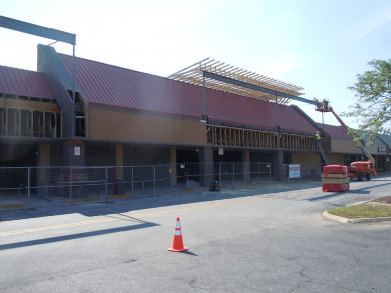Home Goods, Designer Shoes Warehouse Replacing Abingdon Weis