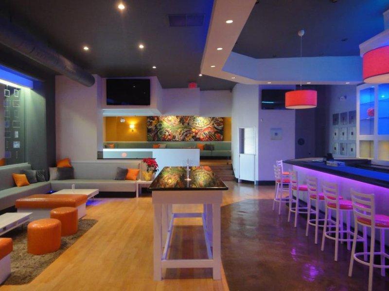 gay bars studio city ca