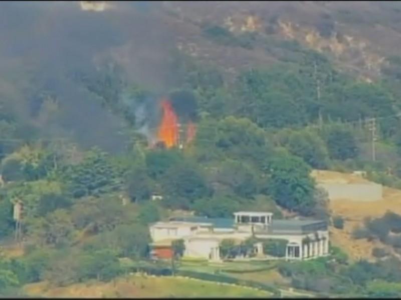 Echo Lake Ca >> UPDATE: Blaze Extinguished Near Jack Nicholson's Home in ...