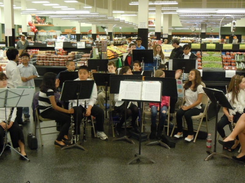 Garden City Park School Band Plays King Kullen VIDEO New Hyde
