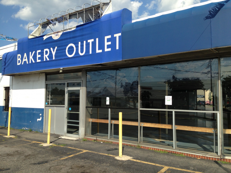 Outlet In New York Long Island